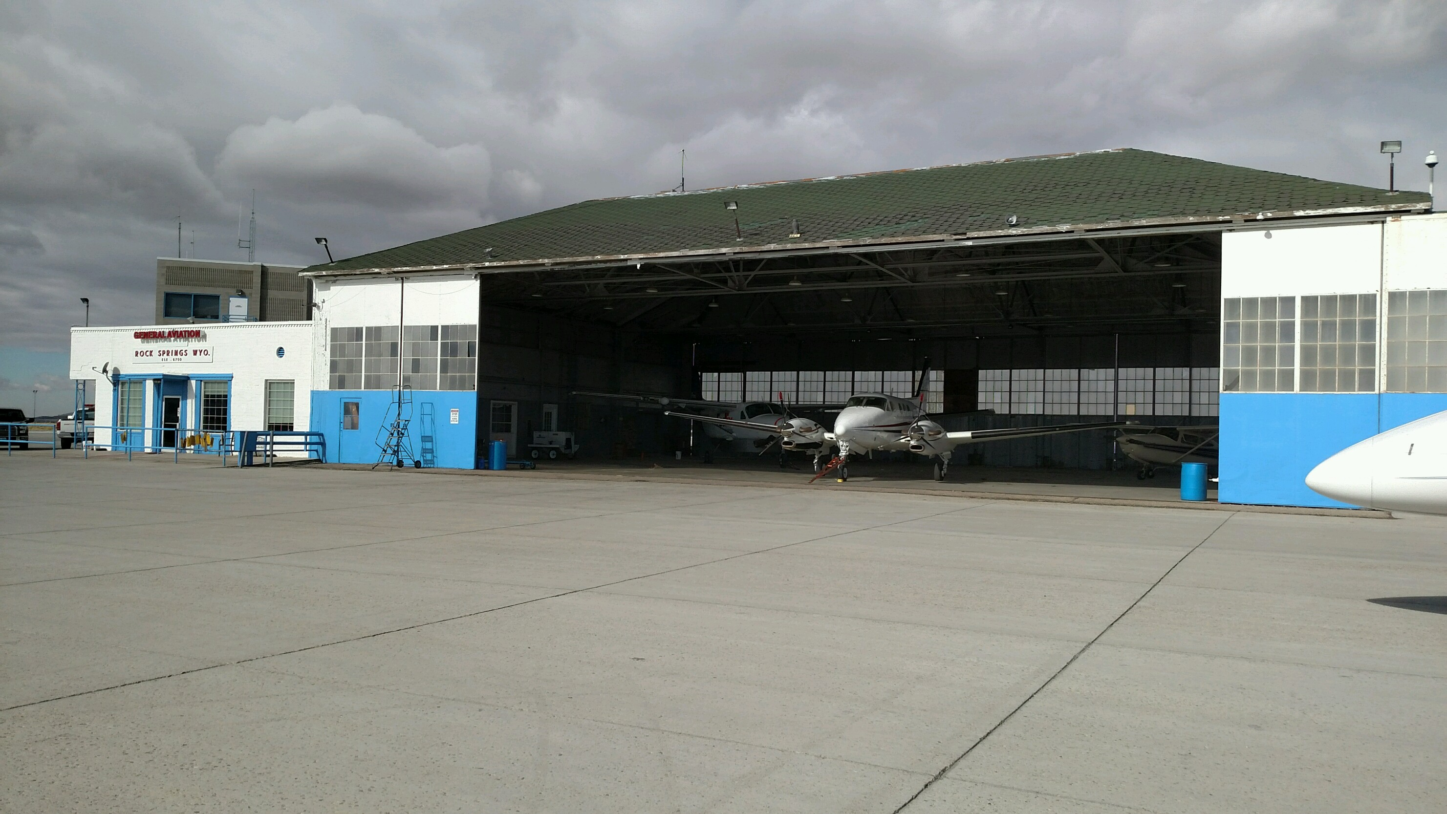 Community-Hangar-Picture